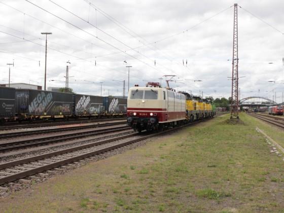 181 215-5 in Dillingen (Saar)